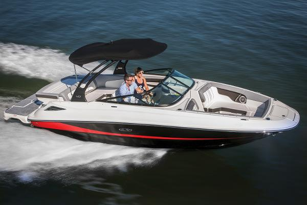 2017 Sea Ray SDX 240 Manufacturer Provided Image