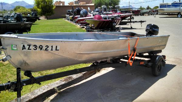 1972 lowe 14 v 14 foot 1972 lowe fishing boat in tucson for Fishing in tucson