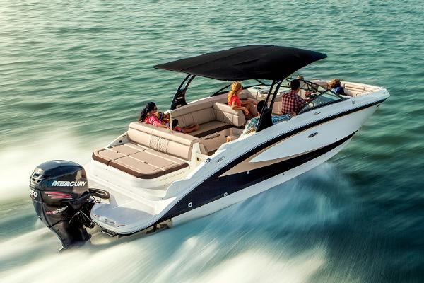 2018 Sea Ray SDX 270 Outboard Manufacturer Provided Image