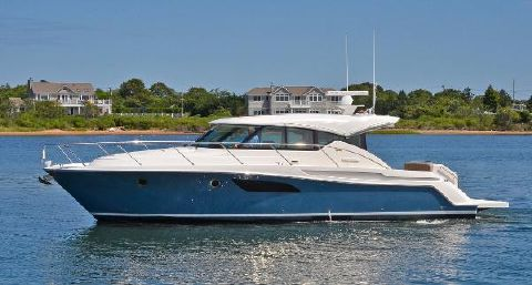 2015 Tiara 44 Sport Coupe Port Side