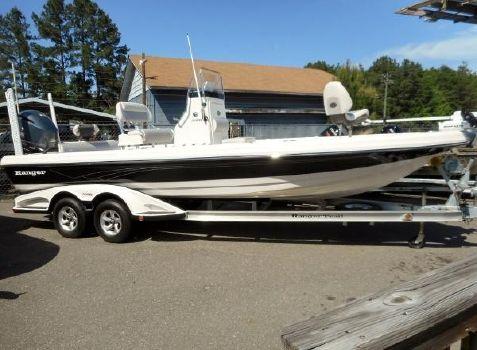 2014 Ranger 2410 Bay
