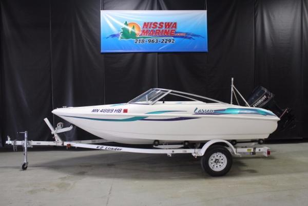 1997 Larson Flyer 175 17 Foot 1997 Larson Motor Boat In