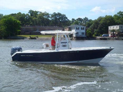 2011 Sea Hunt Gamefish 25 STARBOARD UNDERWAY