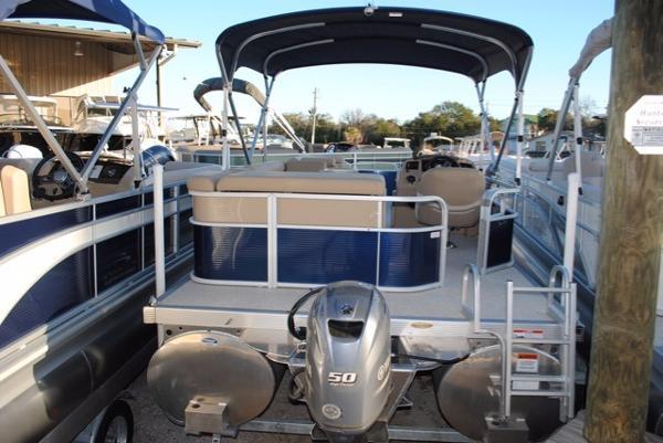2017 Bennington 24 SL PONTOON BOAT 2017-Bennington-24-SL-Pontoon-Boat-For-Sale