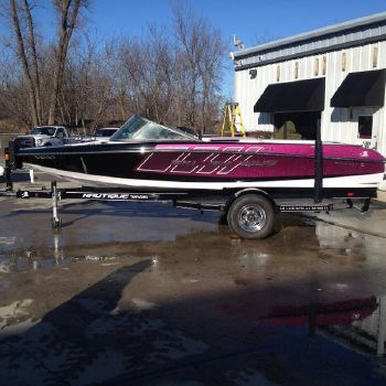 2015 Correct Craft Ski Nautique 200 Team Edition Open Bow
