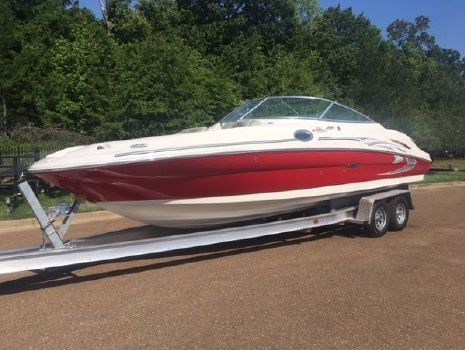 2005 Sea Ray 270 Sundeck
