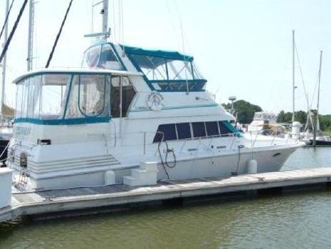 1989 Trojan 12 Meter Motor Yacht Starboard Exterior