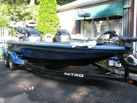 2014 Nitro Z-9 2014 Nitro Z9 for sale in Mchenry, IL