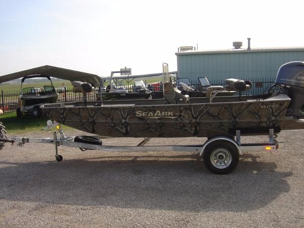 2016 SeaArk 872 RX | 18 foot 2016 Seaark Boat in Waco TX ...