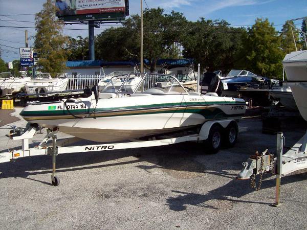 2006 TRACKER NITRO Intracoastal Fish and Ski