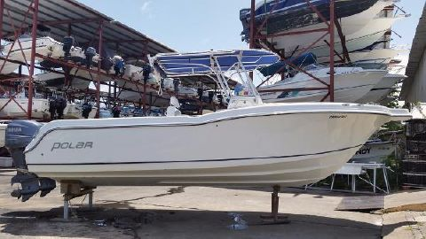 2004 Polar Boats 2700 Center Console Polar 27
