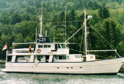 1978 Custom Motor Yacht Cruising