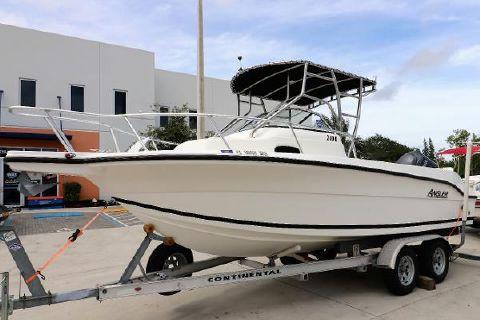 2005 Angler Boats 2100 WA