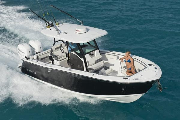 2018 Blackfin 272 CC Manufacturer Provided Image