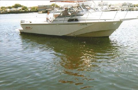 1989 Boston Whaler 27 Full Cabin Express