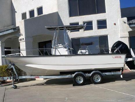 2017 Boston Whaler 210 Montauk