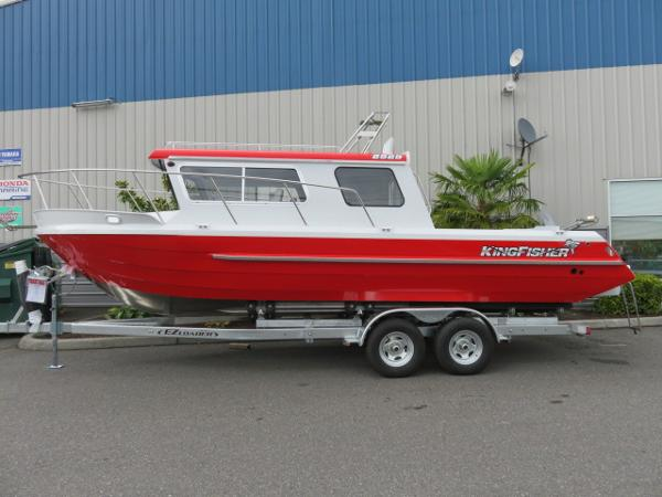 2016 Kingfisher 2525 Offshore