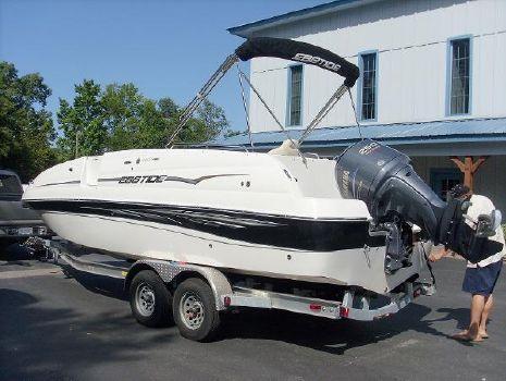 2010 Ebbtide 2400 SS Fun Cruiser O/B
