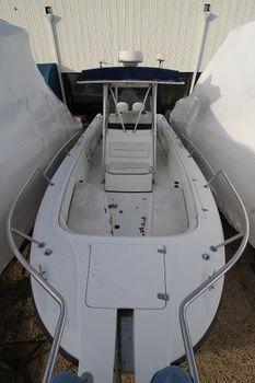 1999 Boston Whaler 260 OUTRAQGE