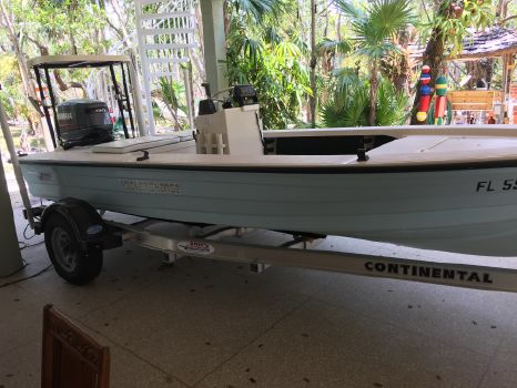 2000 Hewes Bonefisher