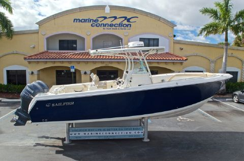 2012 Sailfish 2680 CC Center Console