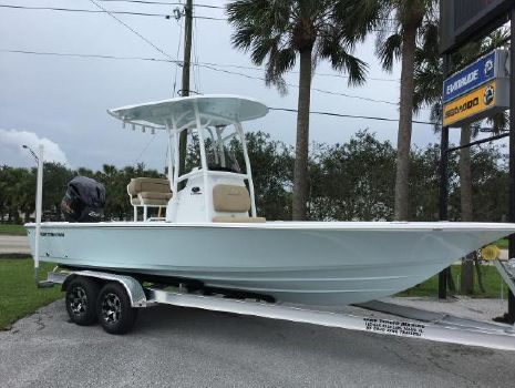 2018 SPORTSMAN Tournament 234 Bay Boat