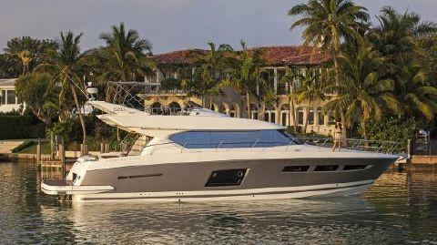 2016 Prestige Yachts 620S
