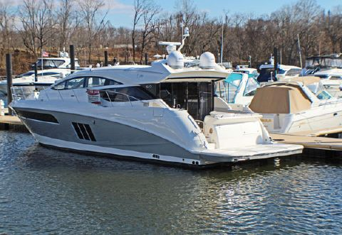 2018 Sea Ray 58 ft L590