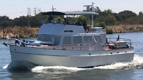 1974 GRAND BANKS 48 Classic Motor Yacht