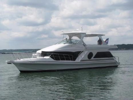 2005 Bluewater Yachts 5200