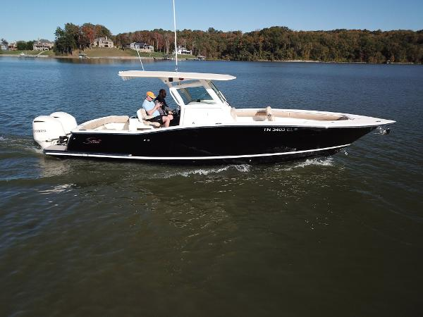 Used 2017 Scout 320 Lxf Knoxville Tn 37922 Boattrader Com