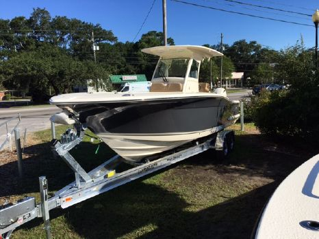2018 Scout Boat Company 275 LXF