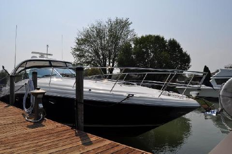2004 Sea Ray 420 Sundancer Deck Looking Aft