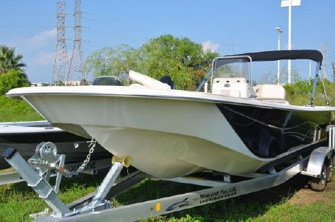 2016 Carolina Skiff DLV Series 238
