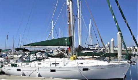 1993 Beneteau Oceanis 400 Docked