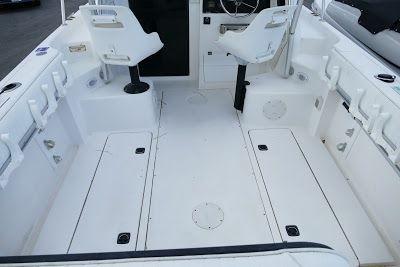 2004 Angler Boats 2500wa