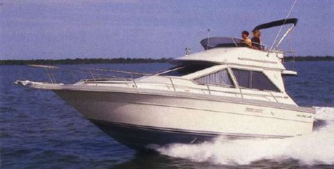 1988 Sea Ray 305 Sedan Bridge