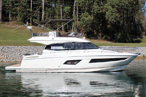 2016 Prestige Yachts 420 FB