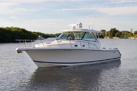 2014 Pursuit 385 Offshore Profile