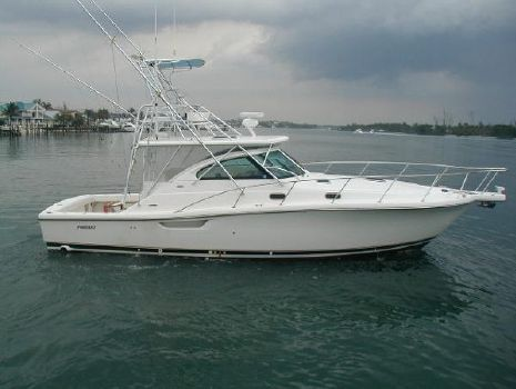 2003 Pursuit 3800 Express