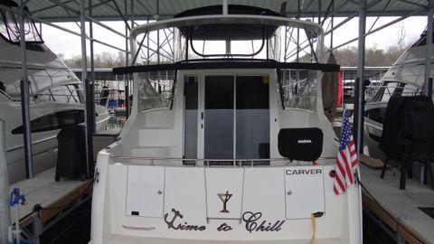 2005 Carver 36 Mariner