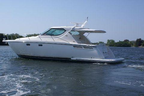 2011 Tiara 4300 Sovran Profile