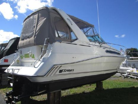 1990 Cruisers 2870 Express