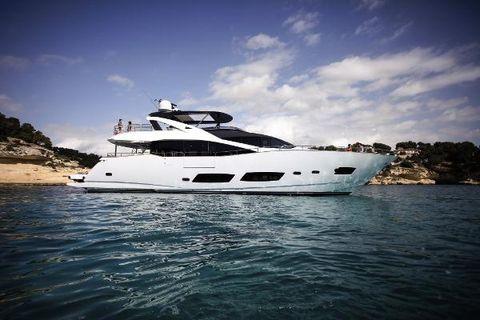 2016 Sunseeker 28 M Yacht Manufacturer Provided Image: Sunseeker 28 M Yacht