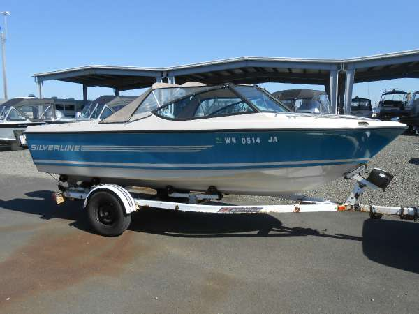 1981 Silver Line runabout