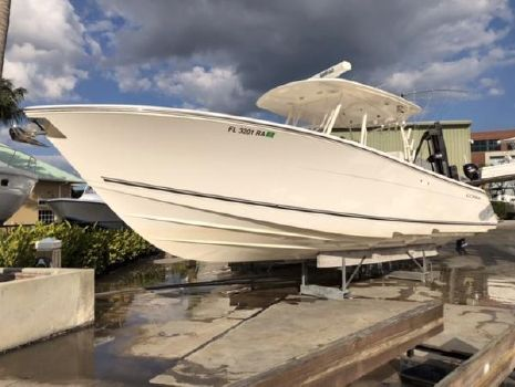 2015 COBIA BOATS 344 Center Console