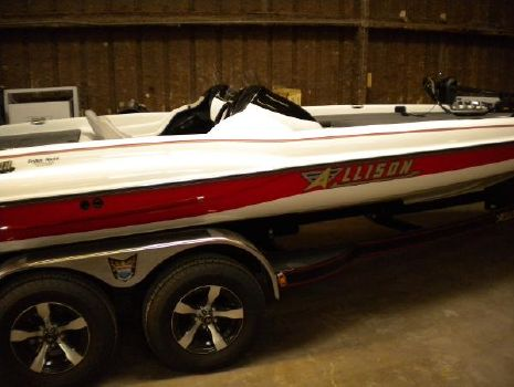 2014 Allison Boats XB 21 Bassport Pro