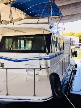 2002 Harbor Master 520 WB Pilothouse