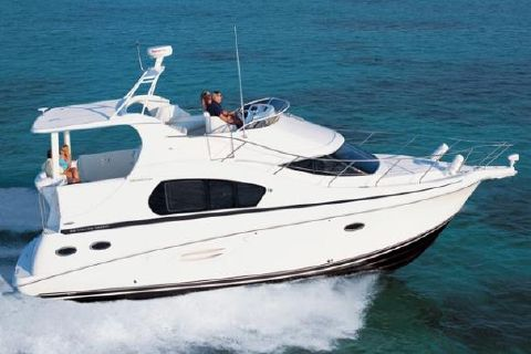 2018 Silverton 35 Motor Yacht Manufacturer Provided Image