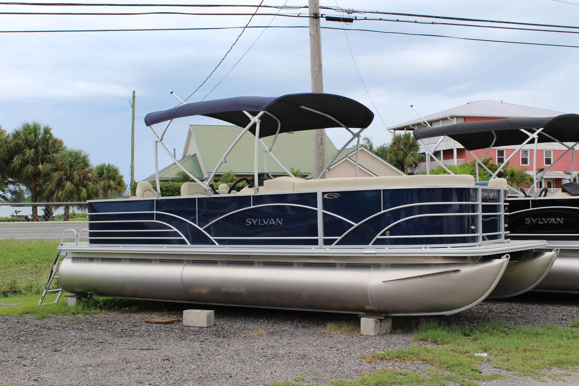 2018 Sylvan 8522 Cruise N Fish